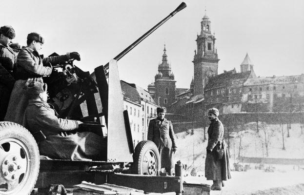 История спасения Кракова: «когда в товарищах согласья нет…»