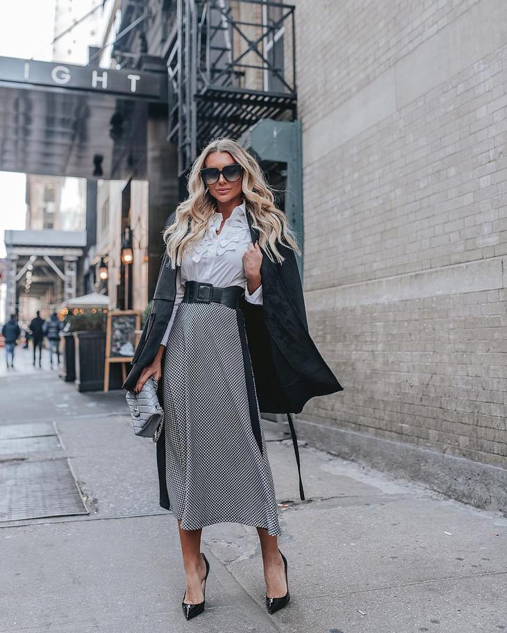 Деловой стиль для женщин 40-50 лет 2019-2020: 12 образов для элегантных леди