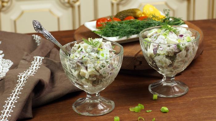 Салат сельдь по-немецки. Традиционный баварский рецепт