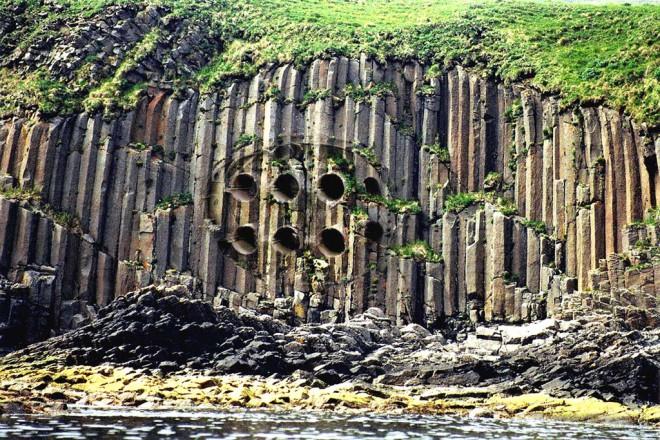 Античный город был обнаружен прямо в центре Тихого океана. Ученые полагают, что это может быть легендарная Атлантида (2 фото + видео)
