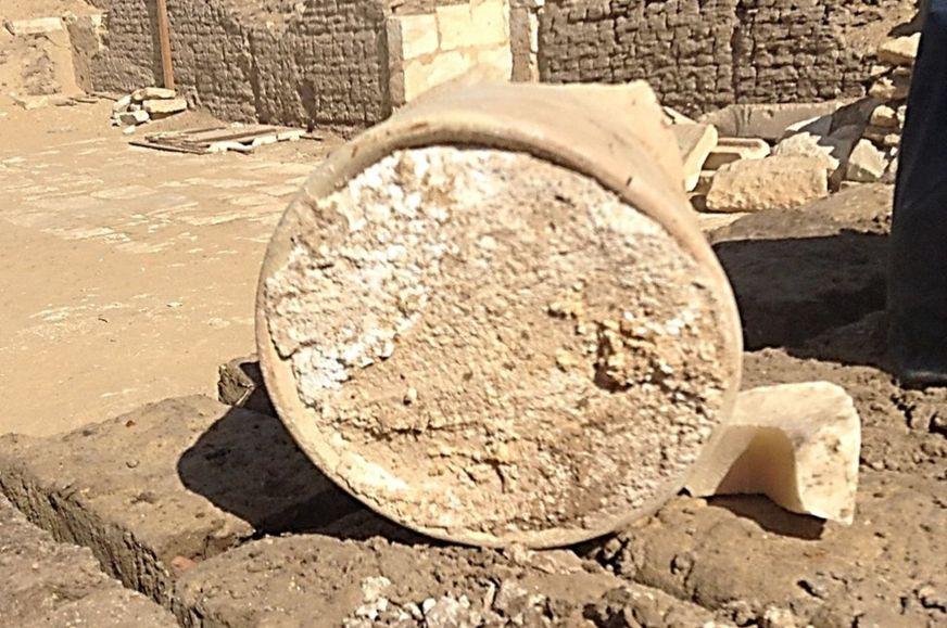 В египетской гробнице II тыс…