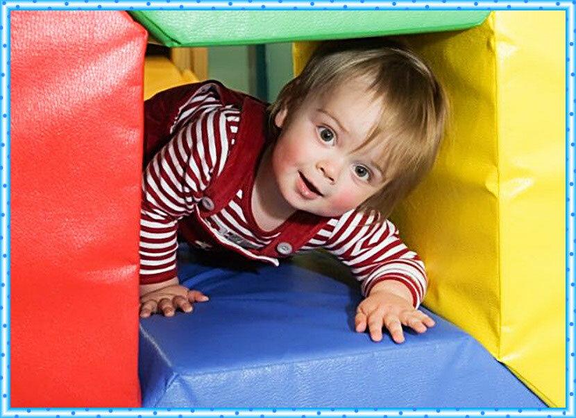 8 подвижных игр с ребенком в помещении