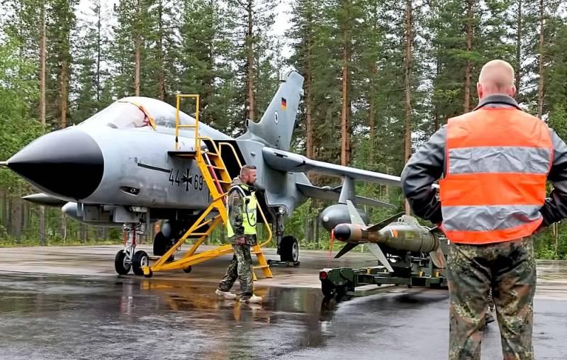 Германия призвала НАТО заявить о готовности применить оружие против РФ