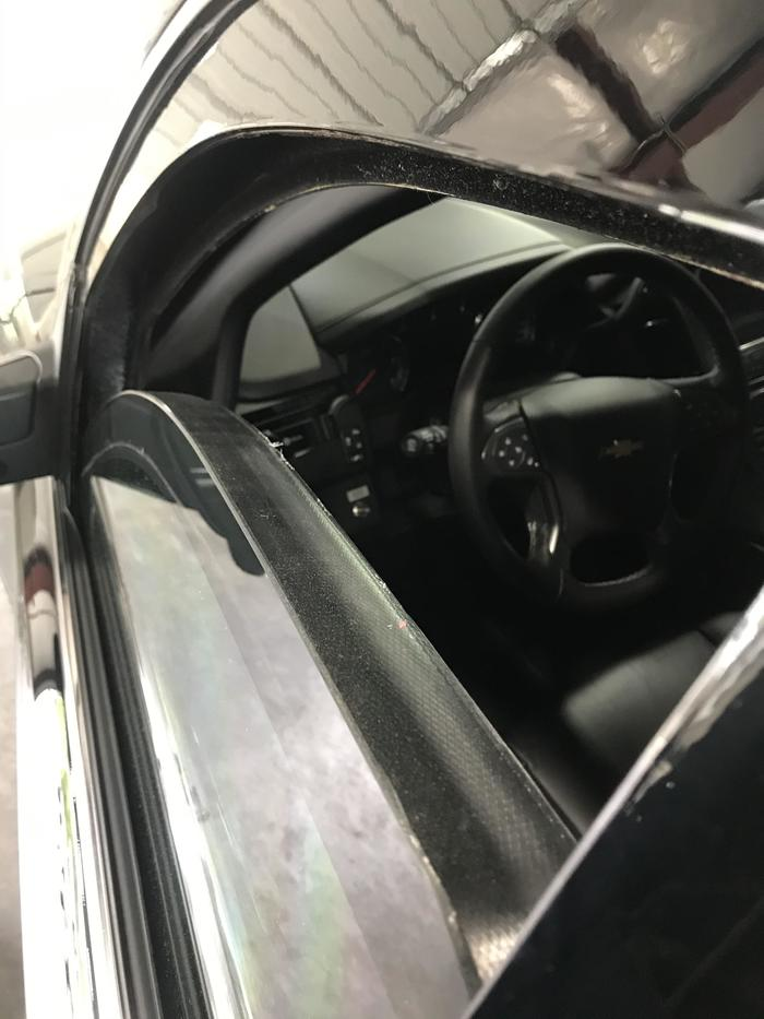 Толщина стекла на бронированном автомобиле частной охранной компании