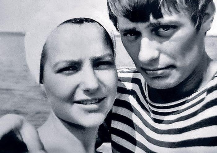 Елена Мольченко и Анатолий Лобоцкий   Фото: 7days.ru