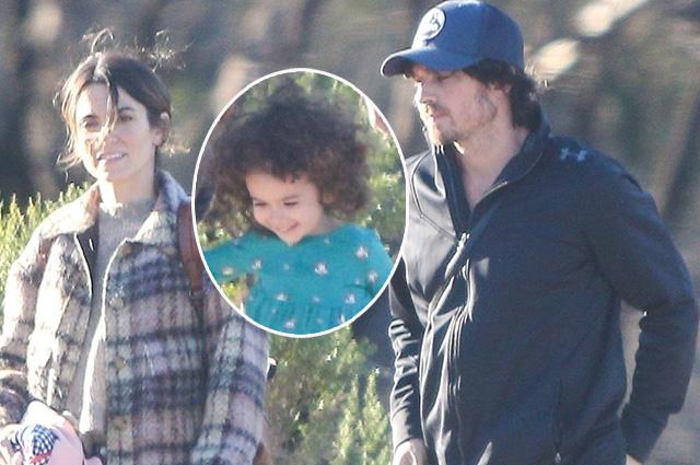 Редкий кадр: Никки Рид и Йен Сомерхолдер с дочерью на прогулке в Лос-Анджелесе