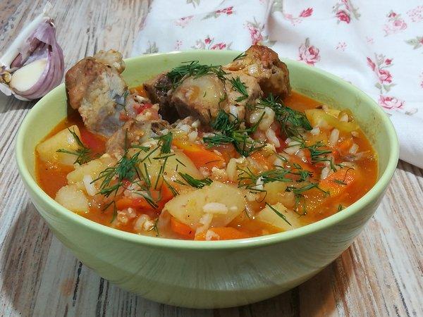 Очень вкусный наваристый и густой суп с овощами, картофелем и рисом по-узбекски
