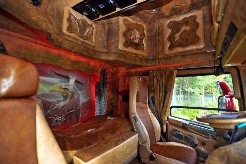 словам самой, фото внутри фур дальнобойщиков ягуар настоящая жемчужина