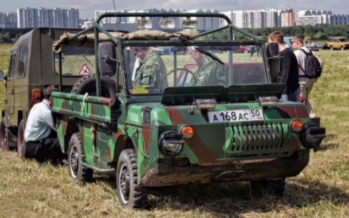 Отличный вышел тягач ЛуАЗ-967.