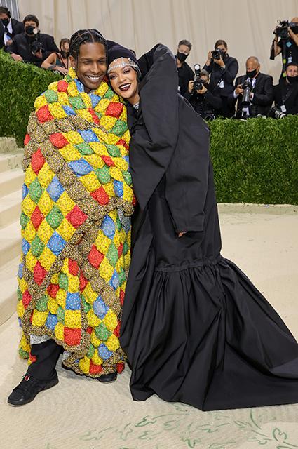 Рианна и A$AP Rocky впервые вместе вышли в свет Звездные пары