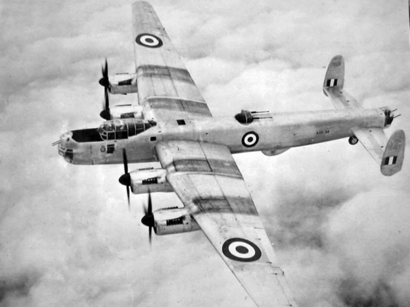 Охотник за советскими подлодками – британский патрульный самолет Avro Shackleton