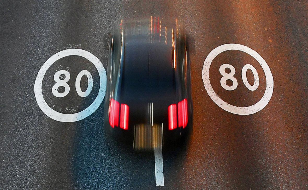 Депутат предложил штрафовать водителей за превышение скорости на 1 км/ч
