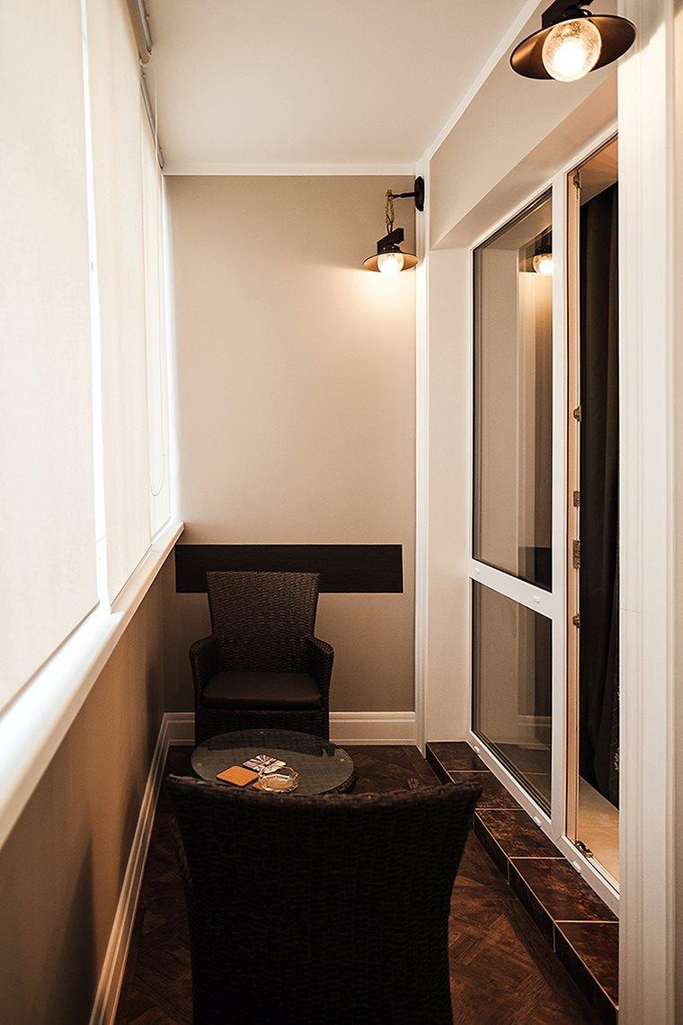 Маленький балкон - фото красивого дизайна в современном стиле