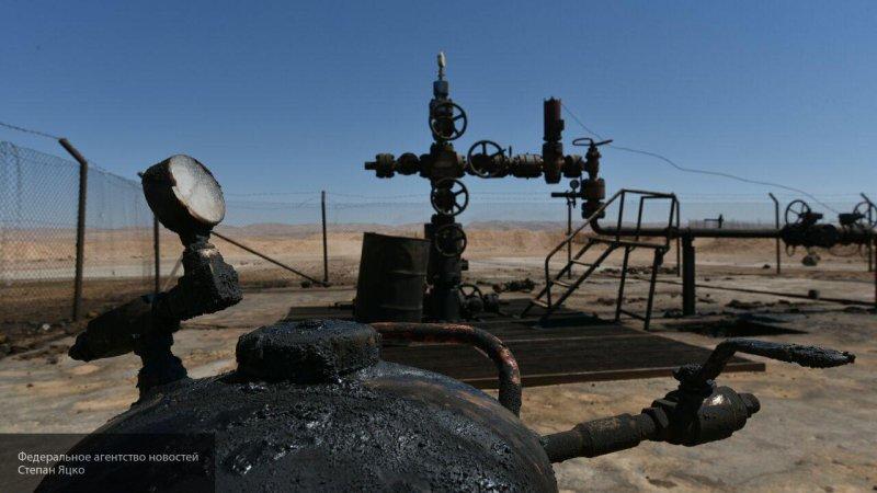 Ворующим в Сирии нефть руками курдских террористов США нужен не мир, а хаос, считает эксперт