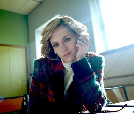 """""""Спенсер"""": новый кадр Кристен Стюарт в образе Дианы и имя актера, который сыграет принца Чарльза Кино,Кино"""
