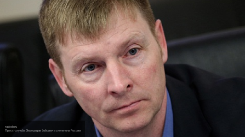 """""""Я себе соль не сыпал, я пописал в баночку и сдал"""": Александр Зубков рассказал о дисквалификации из IBSF"""