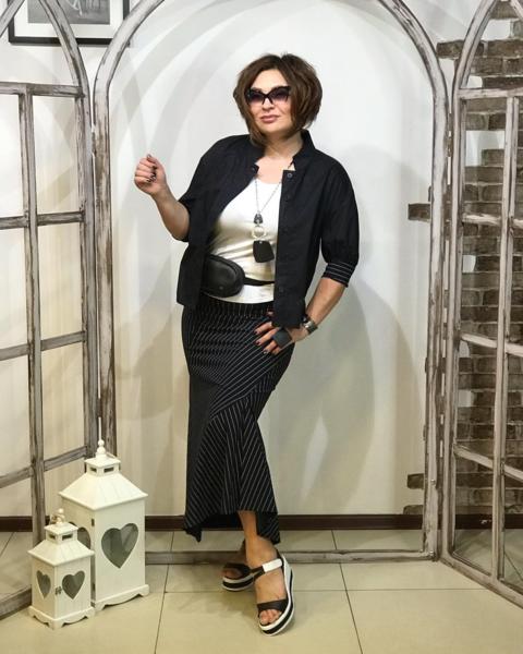 https://www.instagram.com/konarevairina/