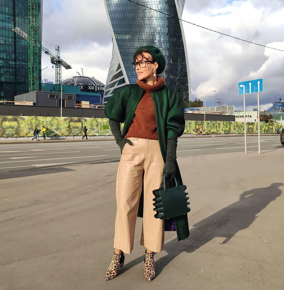 @jul.muraveva / Дизайнеры вдохновляются викторианским стилем при пошиве верхней одежды.