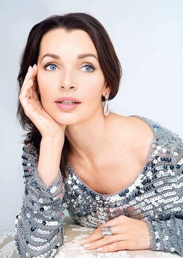 44-летняя Наталия Антонова г…