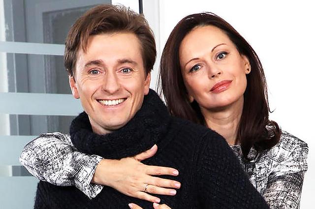 """Сергей Безруков рассказал об отсутствии детей в браке с первой женой Ириной: """"Это была большая проблема для меня"""""""