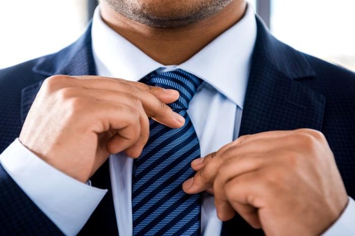 Феномен галстука: почему не самый удобный и «бесполезный» мужской аксессуар все еще в моде мир,новости,тайны,факты