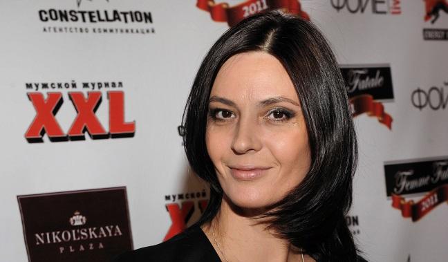 «Когда Ира умерла, ее забрали как бомжа»: Лидия Вележева рассказала о судьбе своей сестры-близняшки