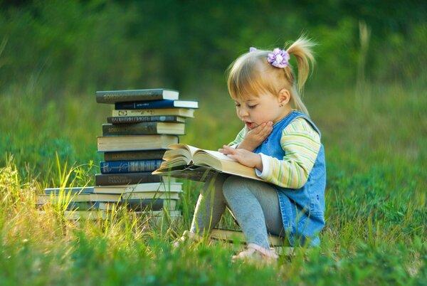 """Как """"подсадить"""" ребенка на книги? Стопроцентный метод"""