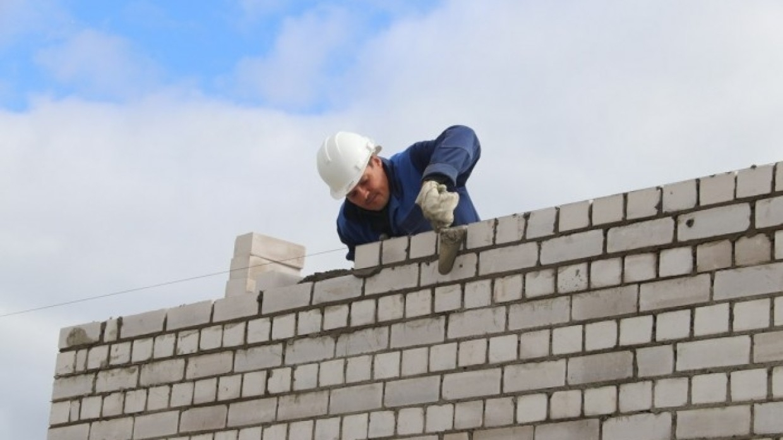 Себестоимость строительства жилья в России вырастет по итогам года на 18% Экономика