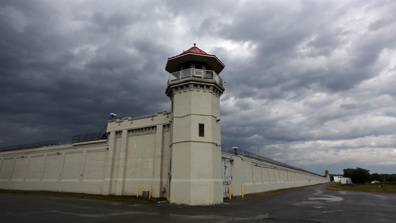 Канадские тюремщики довели до самоубийства человека, просидевшего полгода в карцере Весь мир