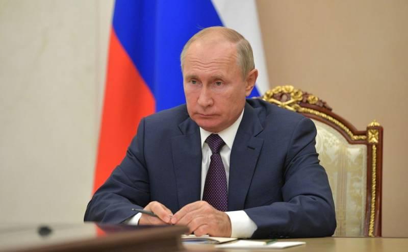 В Лондоне предположили, в случае чего Путин оставит пост президента