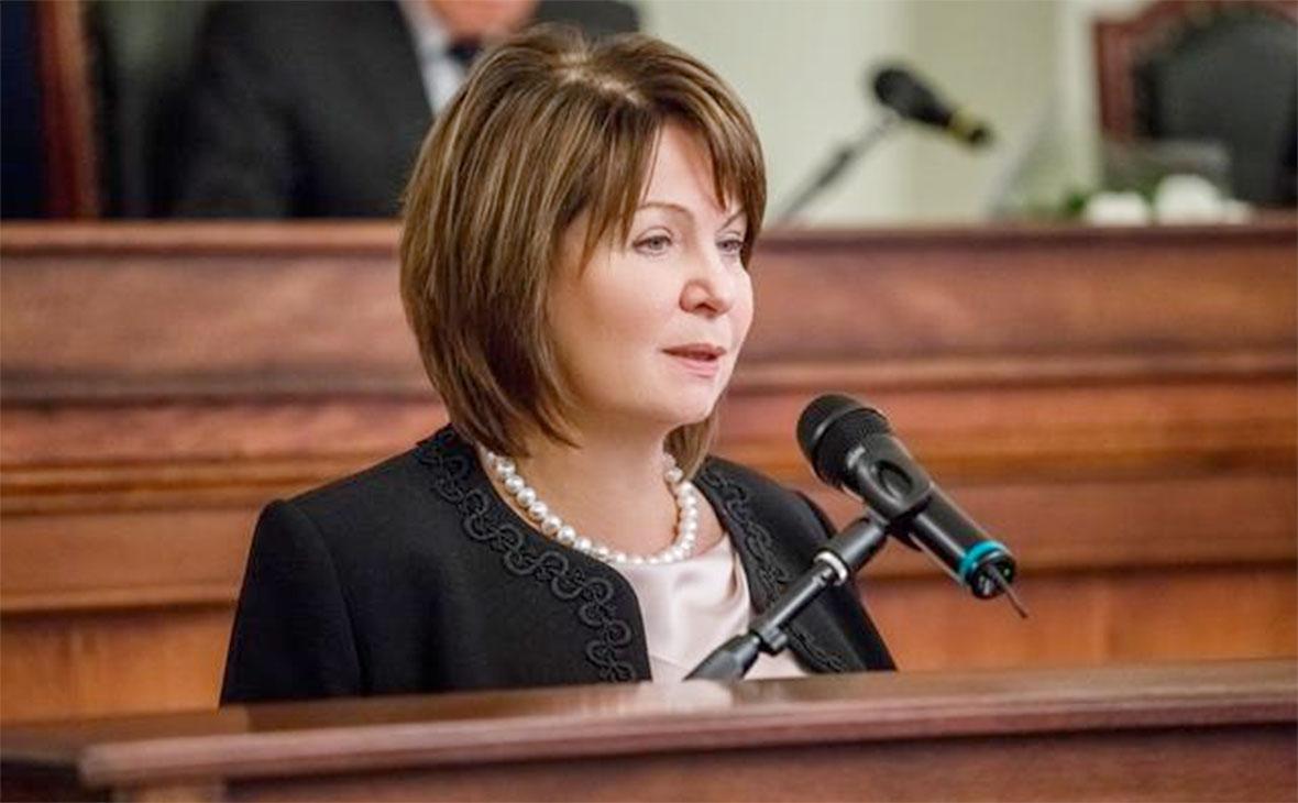 Однокурсницу Путина хотят назначить зампредом Верховного суда