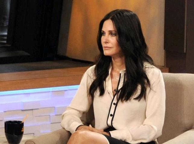 Звезда сериала «Друзья» в 54 года решила снова стать мамой