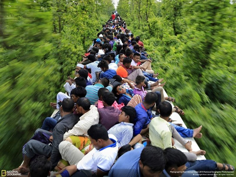Переполненный поезд, Нур Ахмед Джелаль national geographic, конкурс, красота, природа, удивительно, фото, фотография, фотоподборка
