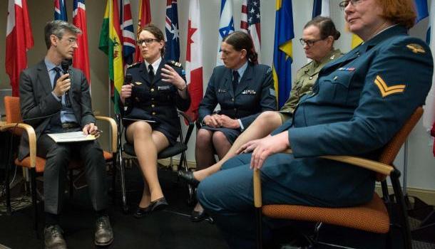 Трамп снова запретил трансгендерам служить в армии