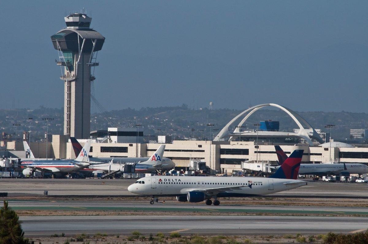 10. Международный аэропорт Лос-Анджелеса. Пассажирооборот – 74 937 004 пассажиров.