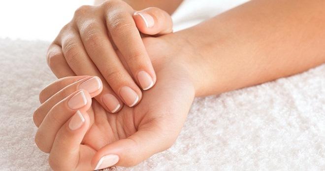 Болят суставы пальцев рук – причины и лечение коварного симптома