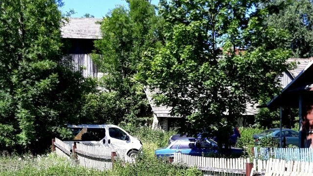 Польское село превратилось в свалку брошенных автомобилей авто, свалка, факты