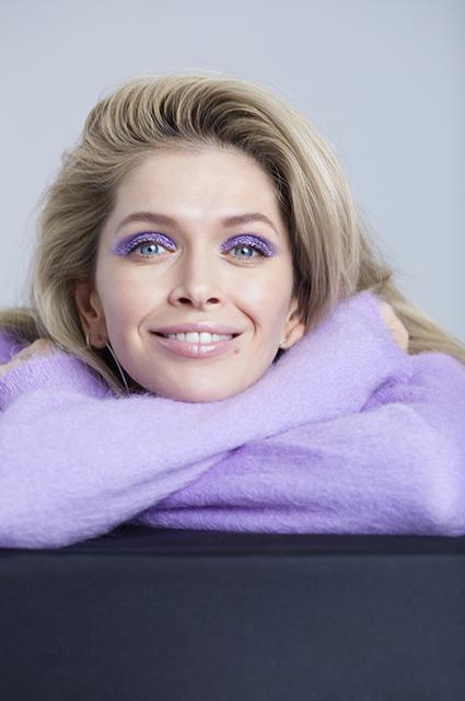 Бьюти-дайджест: от Веры Брежневой в рекламе до советов Хейли Бибер и Селены Гомес Новости красоты