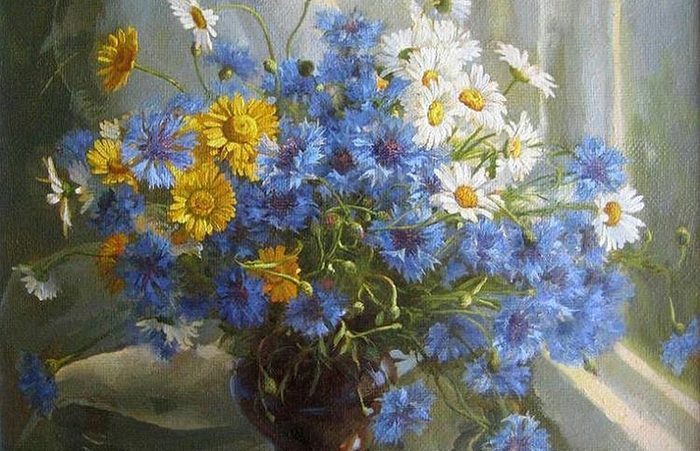 Цветочные натюрморты, глядя на которые, кажется, ощущаешь сладко-терпкий аромат цветов