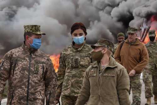 Военные США прибывают на Украину