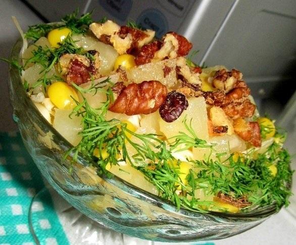 Салат «Новогодний» — готовила много раз, сметается со стола!
