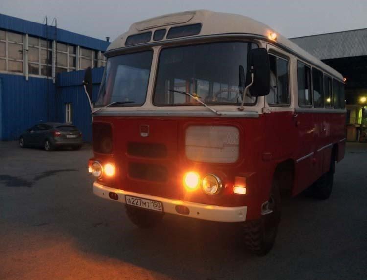 После ремонта, автобус обрёл новый облик. авто, автобус, восстановление, олдтаймер, паз, реставрация, ретро авто