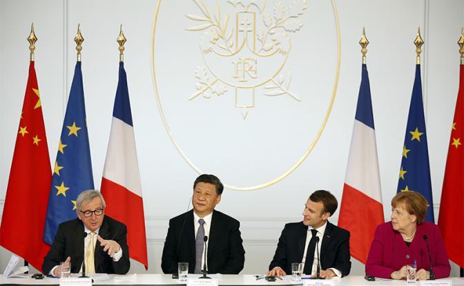 """Китай меняет мировой порядок, оставляя Запад на обочине"""""""