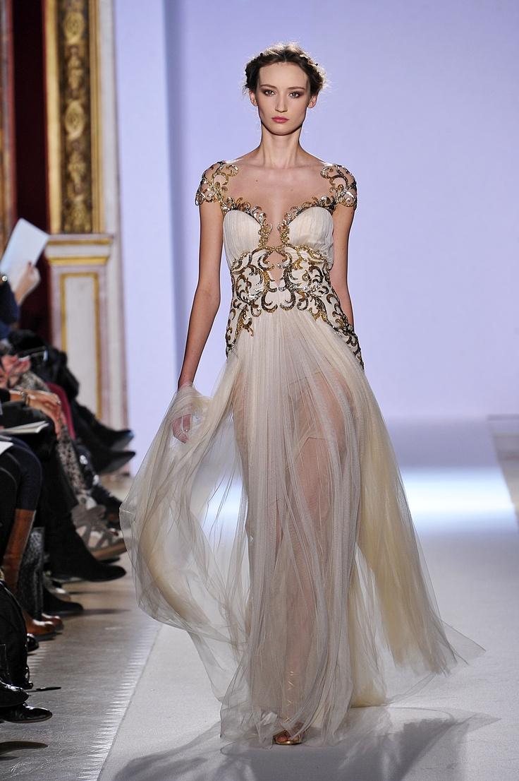 Украшение мировых подиумов - роскошные вышитые платья Haute couture