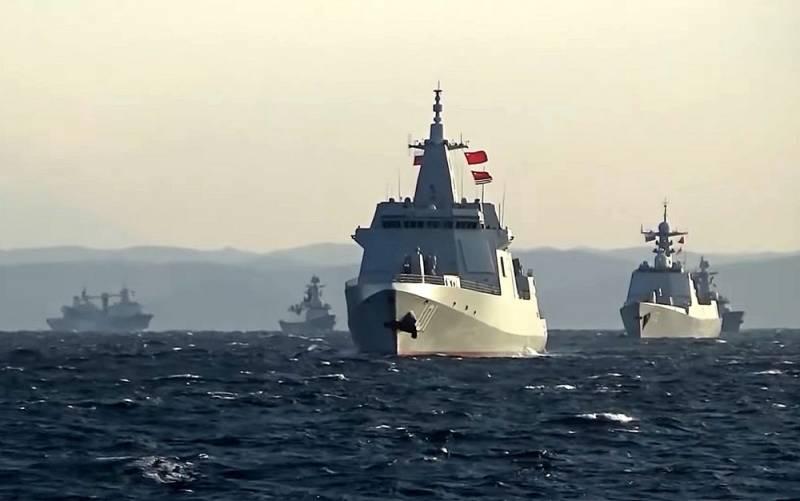 «Первый подобный случай»: в Японии отреагировали на появление российских и китайских кораблей у границ