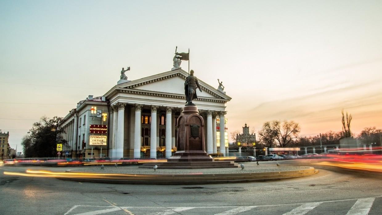 Губернатор Волгограда Бочаров заявил об открытии в области дополнительных пунктов вакцинации Общество
