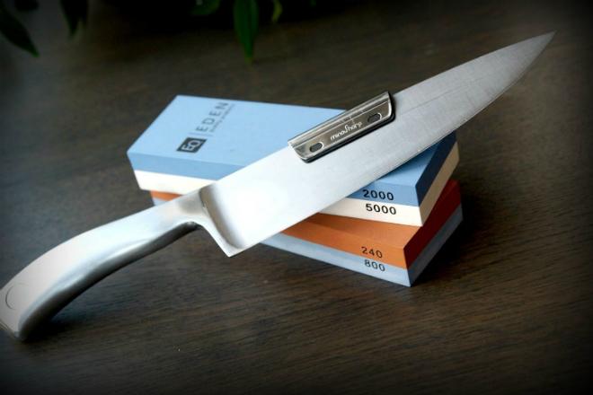 Затачиваем тупой нож за 3 минуты до бритвенной остроты брусок,как точить нож,клинок,лезвие,нож,точило,точильный камень,Тренинг