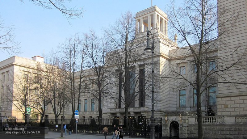 Дипмиссия РФ в Берлине ответила на заявление Качиньского о компенсациях