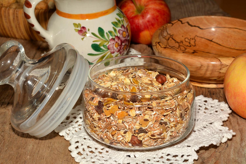 По мнению авторов нового иÑÑледованиÑ, то, во Ñколько вы ÑадитеÑÑŒ за Ñтол, может быть даже важнее того, что вы едите.