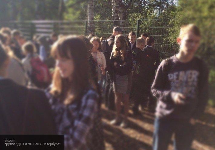 У ТЦ «Юнона» в Смоленске группа подростков устроила массовую драку